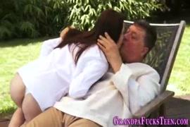 Videos porno lamiendo vajinas en youtube