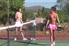 Videos porno de papas follanfo ah sus hijas gratis