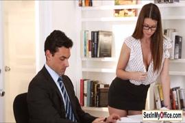 Chicas de pornos asiendo sexsos