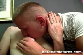 Follando a mama dormida