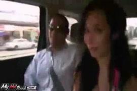 Videos xxx de mujeres chupandole el pene aun caballo