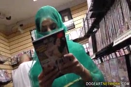 Hombre teniendo sexo con perro video grtis
