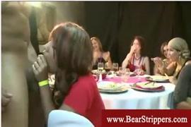 Mujer teniendo sexo con caballo video en yotu