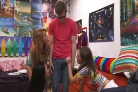 Videos xhamter de exibicionismo mostrando pene a mujeres