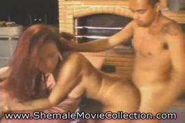 Descargar vídeos xxx de mujeres desnudandose y haciendo el amor