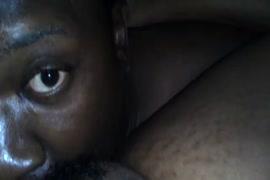 Descargar videos pornos de mujeres desnudandose