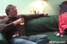 Porno hub hombres hacen seco oral a mujer