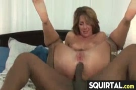Chicas cojiendo con gorilas