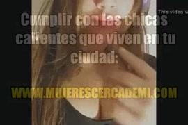 Videos pornos de mujer k c introduce un pepino