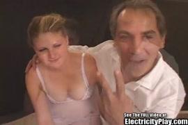 Xxx un padre penetra a su hija pequeña