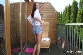 Ver video de porno mujeres peludas bañandoce en boxer penetrada