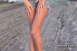 Videos porno de mujeres metiendose cosas en el culo